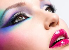 Expert Tips To Get Coloured Smokey Eyes In 5 Minutes