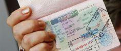 Биометрические визы в ЕС, для которых потребуется процедура снятия отпечатков пальцев, вероятно, начнут выдавать с середины сентября. Чтобы получить разрешение на въезд в страну Евросоюза, потребуется сдать отпечатки десяти пальцев.