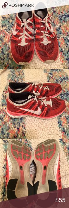 Nike Lunarlon shoes Coral colored Nikes; worn a few times but in great condition Nike Shoes Athletic Shoes