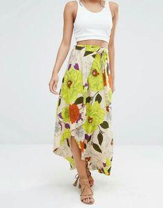 5609e5ee41d Shop River Island Oversized Floral Print Maxi Skirt at ASOS.