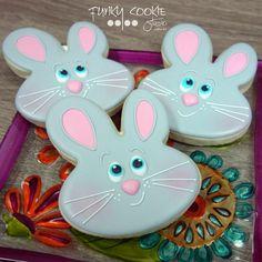 """It looks like some """"bunny"""" is up to something! ... #funkycookiestudio #jillfcs #doorcounty #sisterbay #edibleart #cookieart #countrywalkshops #cookiesofinstagram #decoratedcookies #easterbunny #eastercookies #bunnycookies"""
