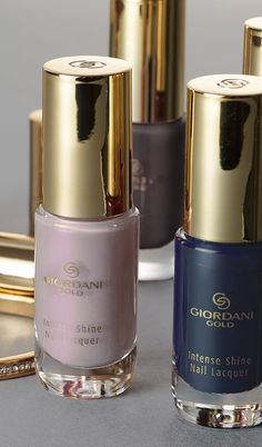 Perfect autumn nail polish shades signed Giordani Gold