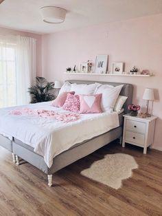 Bedroom update – box spring bed & interior – fashion kitchen - Sites new Bedding Master Bedroom, Ikea Bedroom, Cozy Bedroom, Home Decor Bedroom, Bedroom Furniture, Funny Furniture, Master Bedrooms, Interior Ikea, Interior Design