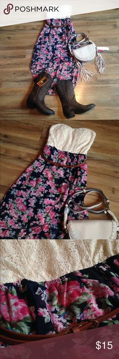 """🎀 25% off 2 or more bundle items EXTENDED!!! 🎀 *CONDITION... NWT - no flaws found when item was checked *DETAILS... semi padded lace top, floral bottom high low style, sleeveless, sweetheart neckline, empire waist belt, somewhat sheer, Buckle chic style, country, southern, western, cowgirl boots  *SIZE... (M) Medium as tagged however please check measurements... item laying flat... 13"""" bust un-stretched, 11"""" empire waist, 25"""" from top of shoulder to bottom hem on FRONT and 40"""" from top of…"""