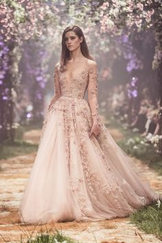 The result of Paolo Sebastian's collaboration with Disney is a stunning couture collection of wedding gowns inspired by fairy tale princesses! Discover the spring/summer 2018 collection. Disney Wedding Dresses, Princess Wedding Dresses, Dream Wedding Dresses, Wedding Gowns, Wedding Disney, Disney Weddings, 1920s Wedding, Destination Weddings, Fall Wedding