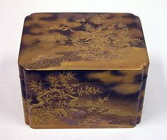 Box for Incense Set with Design of Plum and Bamboo, Edo period (1615–1868), 19th century, Gold maki-e on black lacquer, H.16.5 cm; W. 19.1 cm; D. 24.1 cm ©The Metropolitan Museum of Art, #Urushi, #Laque, #Japon, #Lacquer, #Japan