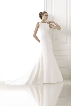 Pronovias-Wedding Dresses-Part I-Looking for the perfect wedding dress? Pronovias just gets it right everytime. with every wedding dress, and every bride Bateau Wedding Dress, 2015 Wedding Dresses, Formal Dresses For Weddings, Wedding Dress Sizes, Designer Wedding Dresses, Wedding Robe, Tulle Wedding, Beautiful Bridal Dresses, Wedding Gowns Online