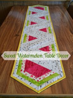 Sweet Watermelon Table Runner Tutorial by Lorna McMahon through Sew Can SheWatermelon table runner, place mats, and table topper!Make adorable summer table decor with this Sweet Watermelon Table Runner. A DIY table runner is a great way to add a homemade Quilting Tutorials, Quilting Projects, Sewing Tutorials, Sewing Projects, Watermelon Quilt, Sweet Watermelon, Watermelon Ideas, Watermelon Crafts, Table Runner And Placemats