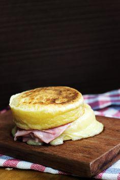 O melhor Sanduíche de Pão de Queijo que você respeita <3