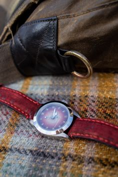 Tom Corneill - totally unique watches hand-assembled in the UK and vintage/rare pieces from around the world. Smart Menswear, Watches Photography, Groomsman Gifts, Sport Watches, Vintage Watches, Toms, Unique, Shopping, Accessories