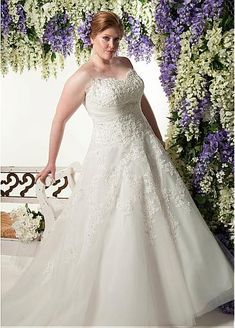 Fabulous Tulle Sweetheart Neckline A-line Plus Size Wedding Dresses with Beadings & Rhinestones