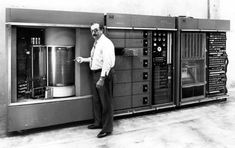 1960: IBM employs 100,000 people. During this period, IBM made and sold massive computers to large governments and corporations. Computers were not yet devices for regular people. In 1964, MIT's Martin Greenberger took to the pages of a magazine to extoll the widespread use of computers ... and there were only 20,000!