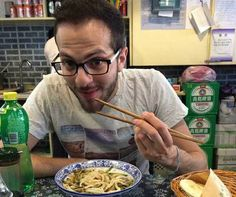 NEW AU PAIR ! David from Italy is about to experience au pair life in ‪#‎Shanghai‬. His Chinese is 非常棒(feichang bang - great), so ordering food in typical small Chinese restaurant is not a problem for him!