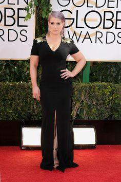 Kelly Osbourne smoldered at the #goldenglobes