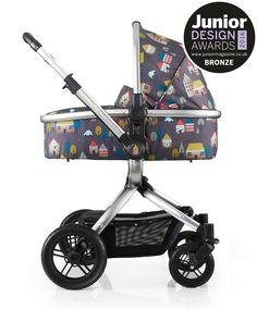Ooba Fox Tale travel system just escaped the city and grew multi-terrain wheels. Pram, pushchair and infant carrier, discover your posh go-anywhere. Car Seat And Stroller, Pram Stroller, Baby Car Seats, Baby Strollers, Happy Baby, Happy Kids, Prams And Pushchairs, Travel System, Baby Carriage