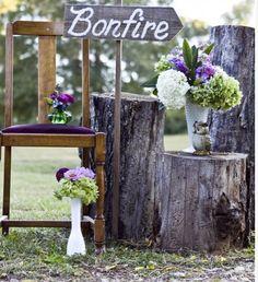 http://rusticweddingchic.com/real-rustic-country-weddings