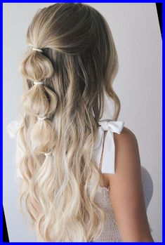 Festival season is officially upon us and I'm so excited to share these easy festival hairstyles with you guys. I wanted to create different hairstyles to fit everyone's style so there's the edgy side dutch braid, the girly bubble braid, and the bohemian inspired stacked braid.#HAIRSTYLES #FESTIVAL #EASY #2018 #3 hairstyles for medium length hair easy 3 EASY FESTIVAL HAIRSTYLES 2018 12+   hairstyles for medium length hair easy   2020 Hair 2018, Different Hairstyles, Hair Looks, Festival Hairstyles, Hair Inspiration, Hair Inspo, Curly Hair Styles, Cute Hair Styles Easy, Hair Down Styles