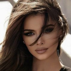 Beauty Makeup, Hair Makeup, Hair Beauty, Makeup Eyes, Most Beautiful Faces, Beautiful Eyes, Brunette Beauty, Tips Belleza, Gorgeous Makeup