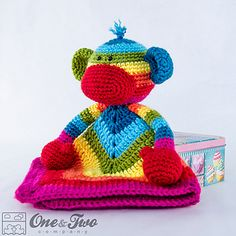 Rainbow_sock_monkey_security_blanket_crochet_pattern_01_small2