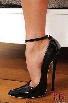 Very well heeled. Extreme High Heels, Sexy High Heels, High Heels Stilettos, Stiletto Heels, Shoes Heels, Pumps, Photo Pin, Me Too Shoes, Calves