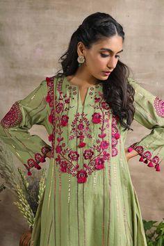 Ethenic Wear, Indian Designer Wear, Cotton Pants, Kurtis, Olive Green, Hand Embroidery, Ethnic, Fashion Looks, Sari