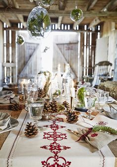 Wonderful table setting for the Holiday!