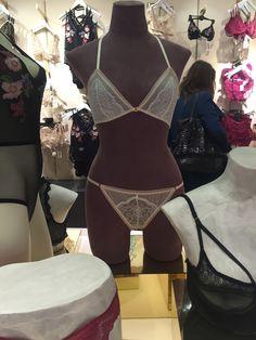Mannequin showing a fashion piece - lace - as a set
