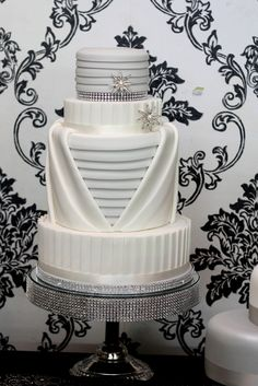 art deco 20s wedding cake | Art Deco Wedding Cake inspired by Charm City Cakes | Slice