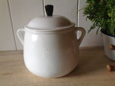 White enamelled cast iron 2 pint Casserole/ Dutch oven in Made in France - Marmite pot by Onmykitchentable on Etsy