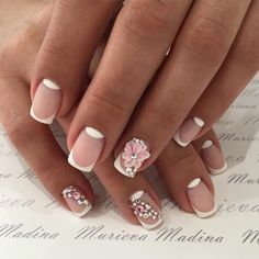 Accurate nails, Beautiful delicate nails, Beautiful patterns on nails, Business nails, Flower French nails, French manicure ideas 2017, Moon on the nails, Moon on the short nails