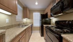 Kitchen at Ashton Lane II Luxury Apartments in Gainesville, FL