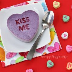blueberry-conversation-heart-cheesecake #valentine's Day #food #quick