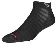 Drymax Run Hyper Thin Mini Crew Socks, Black, Medium Drymax http://www.amazon.com/dp/B002ABX4HS/ref=cm_sw_r_pi_dp_iq0Zvb16S8G12