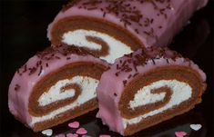 Cocoa roll with cottage cheese filling NejRecept.