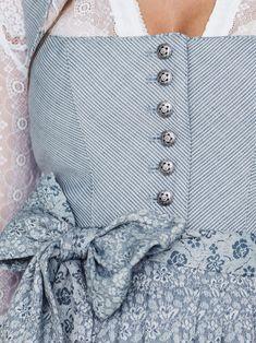 Graublaues Streifen-Dirndl │CocoVero│ Hedi Streif Victorian Blue