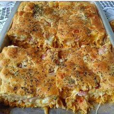Image may contain: food Carbohydrates Food List, Pork Recipes, Healthy Recipes, Creamy Pasta Recipes, Easy Casserole Recipes, Latin Food, Food Lists, Quiche, Brunch