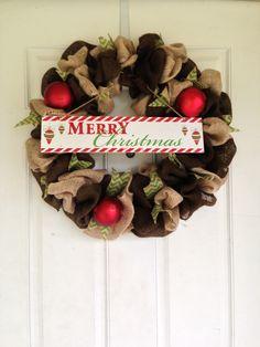 Our burlap Christmas wreath // burlap wreath