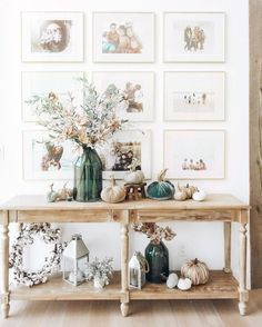 fall decor on world market console table and picture frame gallery wall Herbst Dekor auf Weltm. Fall Home Decor, Autumn Home, Diy Home Decor, Foyer Table Decor, Decoration Table, Exterior Decoration, Home Design, Design Design, Gallery Wall Frames