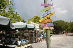 Road Trip Through the Florida Keys: Essential Stops   http://wanderthemap.com/2013/10/road-trip-florida-keys-essential-stops/