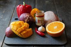Kylling med hot mangosaus og paprika Mango, Curry, Food And Drink, Canning, Recipes, Home Canning, Kalay, Rezepte, Curries