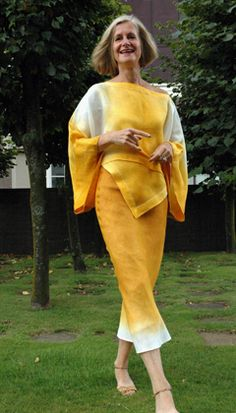 Blouse,  Linen gauze hand-dyed, hemstitched,  Colour: Amber  05.TOP.09  size O/S