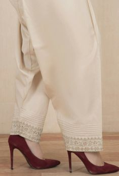 Fancy Dress Design, Stylish Dress Designs, Pakistani Dresses Casual, Pakistani Dress Design, Salwar Pants, Sleeves Designs For Dresses, Embroidery Suits Design, Kurta Designs Women, Kurti Designs Party Wear