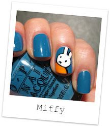 A link to some cool nail art tutorials @ nailside
