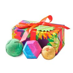 Lush bath bomb gift set christmas