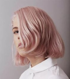 Millennial Pink Hair Is Still as Cool as Ever—Here's Proof Summer is almost here, and that means it's time to start experimenting with your look. Keep reading for all of our favorite pastel-pink hair inspiration Light Pink Hair, Pastel Pink Hair, Hair Color Pink, Purple Hair, Gray Hair, Pink Short Hair, Long Curly Hair, Curly Hair Styles, Curly Pink Hair