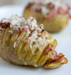 Hasselback potato - Aardappel op een andere manier bereid, recept via BrendaKookt