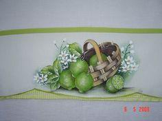 cesta com limões