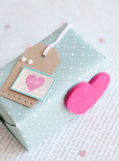 Easy and Simple: Neon Pink Packaged for Valentine