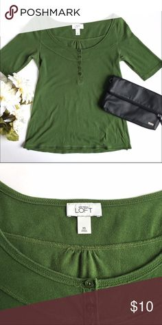 Scoop Neck Tee Casual scoop neck short sleeve top from Ann Taylor LOFT with button details. 100% cotton, machine wash cold gentle cycle. Some minor piling, as seen in up close photograph. LOFT Tops