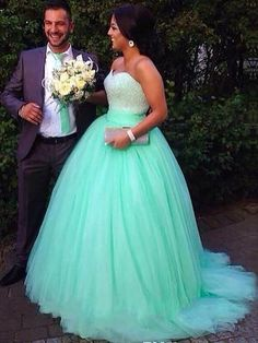 the bridesmaid gown is comfortable and elegant. Its a-line shape makes this dress very comfortable and it is the best choice for bridesmaid & prom dress. We have an excellent range in plus size wedding dresses which are fantastic. #BallGownweddingdress #Vintageweddingdress #Mermaidweddingdress